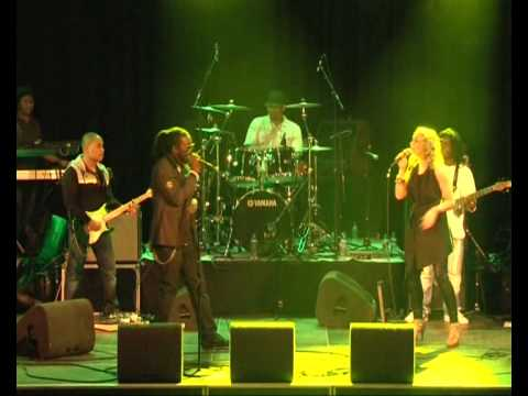 Kenny B & Shirley -mie abie a lobie gie joe - Royal Roots Live Melkweg