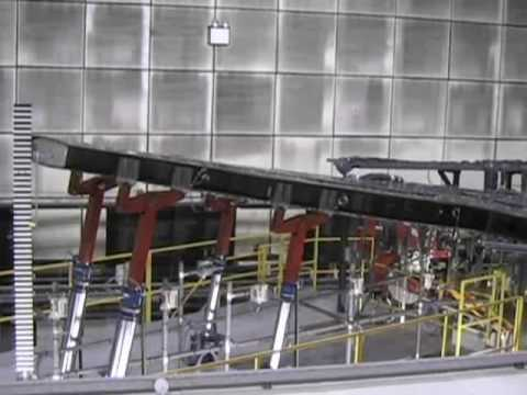 farnborough bombardier 39 s cseries successful wing load. Black Bedroom Furniture Sets. Home Design Ideas