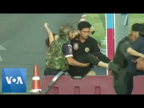 Dramatic Video Shows Soldiers Rescuing People From Thailand Shopping Mall