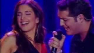 "Manu Tenorio y Nuria Fergó ""Noches de Bohemia"" Gira Operacion Triunfo (02/06/2002)"