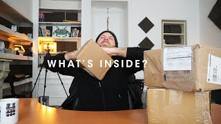 back-to-basics-for-a-moment---unboxing-and-heart-to-heart-on-the-state-of-the-vlog