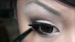 simple cut crease smokey eye tutorial