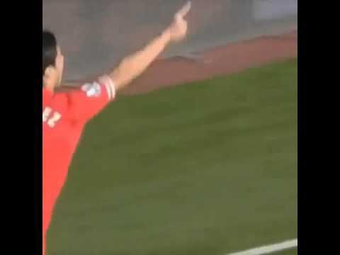Suarez bullet header outside the box Vs West Brom 2013