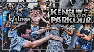 KENSUKE HACIENDO PARKOUR 🙉(Le Fatrena incluído😂) #AlexSeguraTour thumbnail