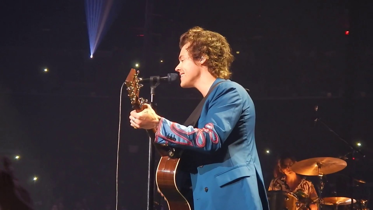 Harry styles you 39 re still the one shania twain cover - Harry styles madison square garden ...