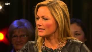 Repeat youtube video NDR Talkshow mit Schlagerstar Helene Fischer [NDR Talkshow, HD, Doku, 2014. deutsch]