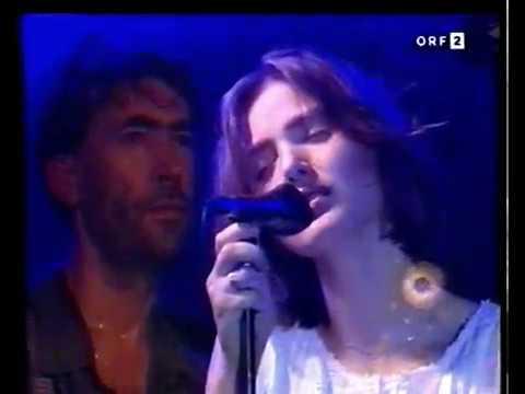 """Weit, weit weg - Hubert von Goisern live 1994  """"Das war's"""""""