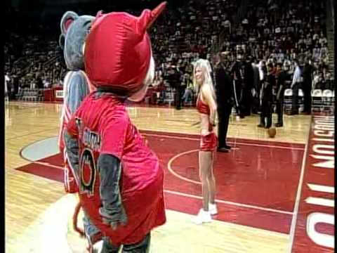 Houston Rockets Clutch the Bear's Angel-Devil skit