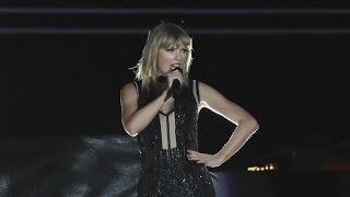 Taylor Swift Gives Detailed Account of Alleged Groping Incident