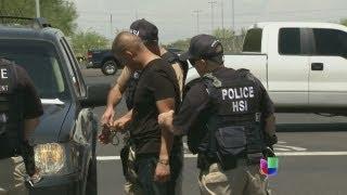 Redadas en 13 autolavados de Arizona deja decenas de detenidos - Noticiero Univisión