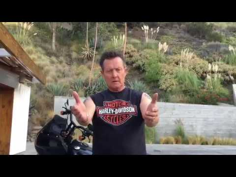 Robert Patrick and Barbara  VIDEO EN CASA