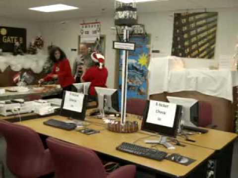 Baker College of Auburn Hills Christmas 2009 Decorating Contest