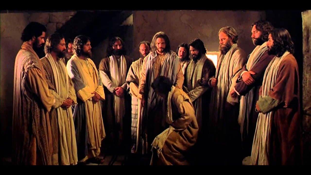 Resultado de imagem para jesus chama os 12