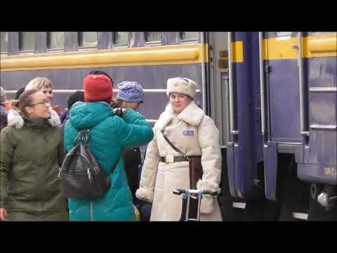 ретропоезд «Рускеальский экспресс» прибыл в Великий Новгород и вызвал ажиотаж
