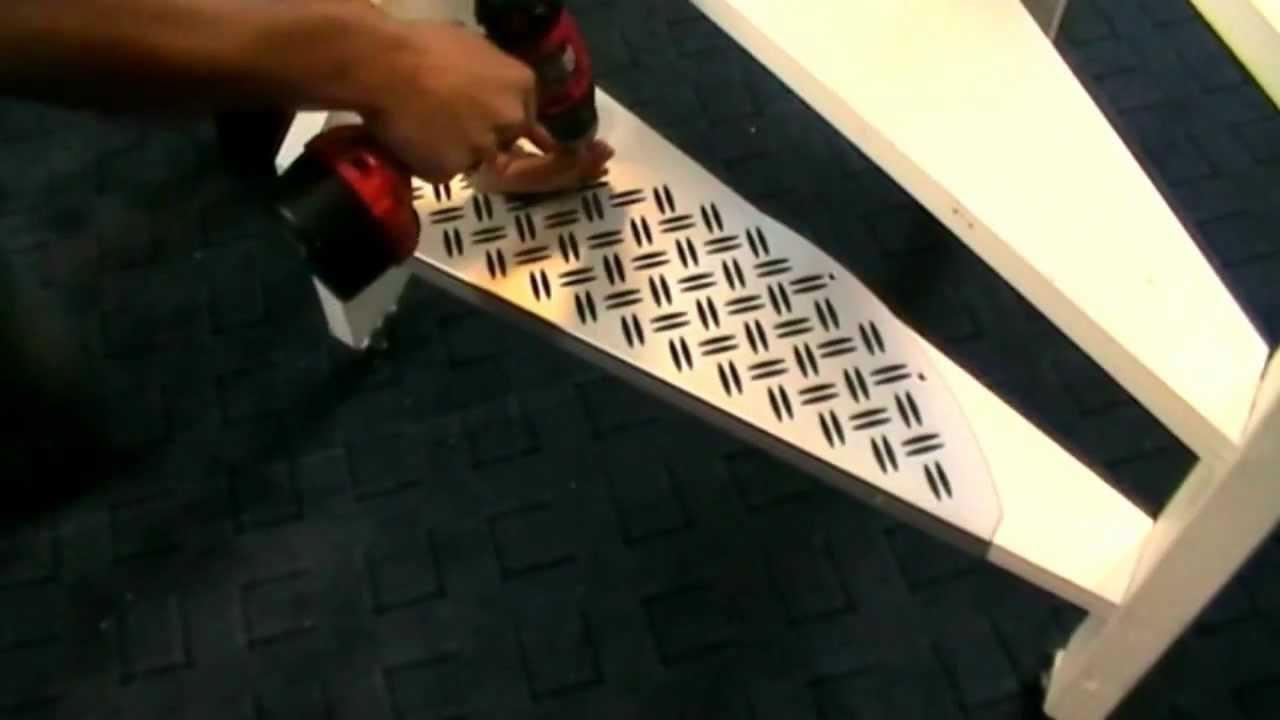 Verwonderlijk Demonstratie: aluminium trapmat monteren - YouTube GZ-02