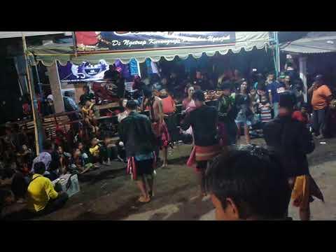 Samboyo putro dangdut piker keri live tunggulrejo