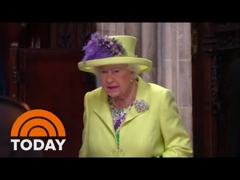 Queen Elizabeth II, Royal Family Enter St. George's Chapel For Royal Wedding | TODAY