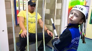 Ulya and Papa Pretend Play a Sidewalk Cop | Funny Story for kids