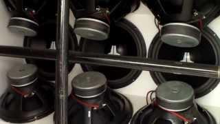 9 Old School JL Audio 18's and US Amps - Slamology 2013