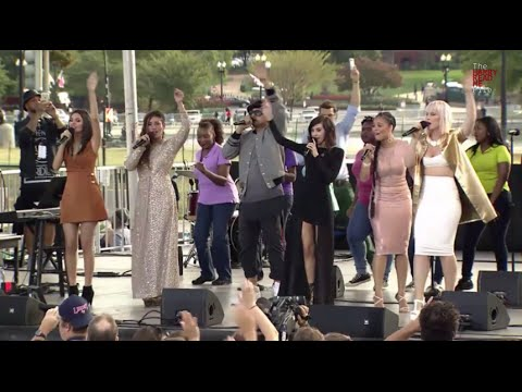 Climate charismatics: Praise and worship team sings 'Love Song to the Earth' at Pope's Capitol rally