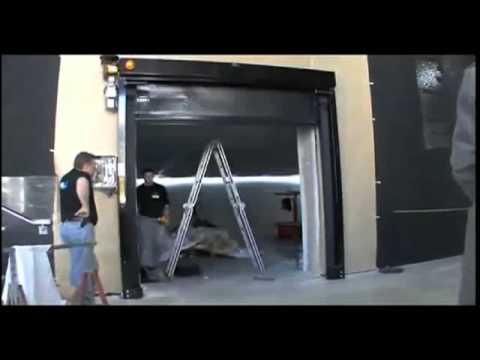 CANAL + : NOUS SOMMES DANS L'ART _ CELLAR DOOR _ PALAIS DE TOKYO _ LORIS GRÉAUD _ 2008
