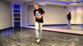 Андрей Захаров - урок 2: видео танца shuffle(Преподаватель Model-357 Lab.: 357.ru/teachers/andreya-intaro-zaxarova В этом видео показаны основы стиля танца shuffle под музыку. Вы..., 2011-09-11T05:59:22.000Z)