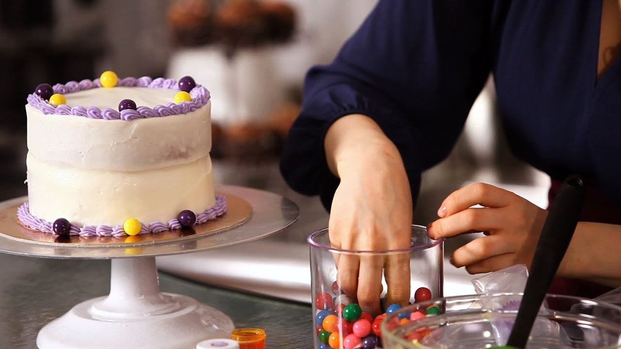 How To Decorate Birthday Cake W/ Candy