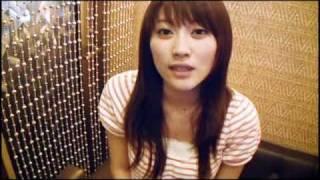 日本女星原干惠(原幹恵Mikie Hara)向粉丝打招呼say hello to fans.