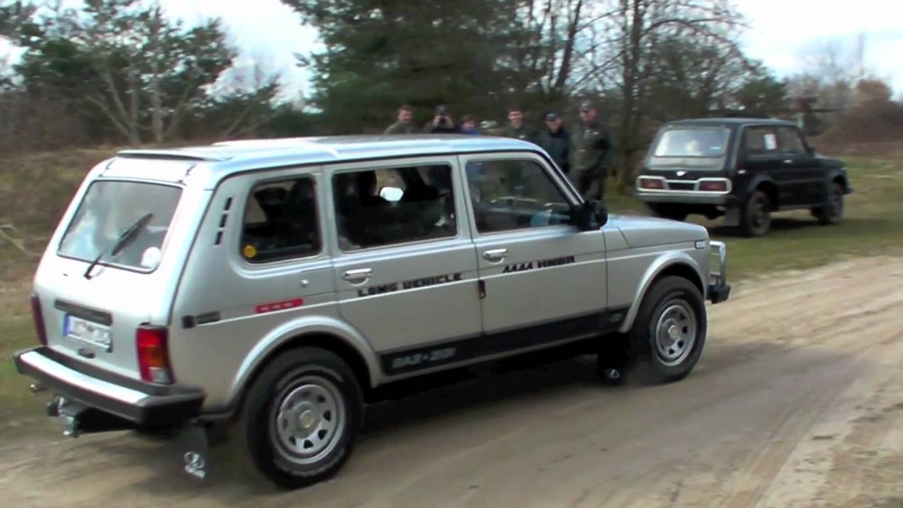 lada niva 4x4 der film treffen 2011 karenz youtube. Black Bedroom Furniture Sets. Home Design Ideas