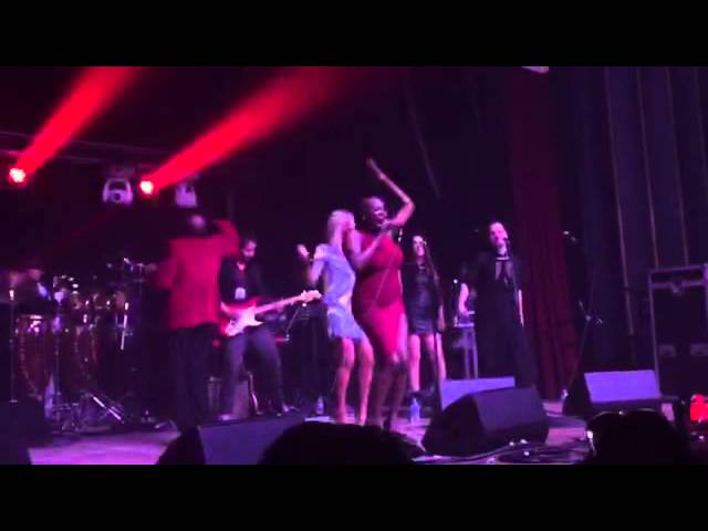 Cool Million ft. Janine Johnson - Do You Right (Live MSW 2015)