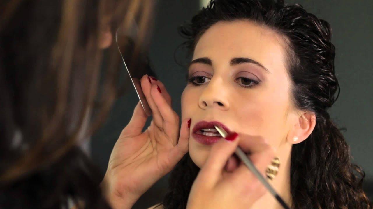 What Makeup Should I Wear With a Raspberry Dress? : Beauty Maven