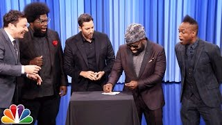 David Blaine Shocks Jimmy and The Roots with Magic Tricks(David Blaine performs several simple card tricks with Jimmy and members of The Roots before freaking everyone out with an illusion no one expects. Subscribe ..., 2016-11-12T05:32:47.000Z)
