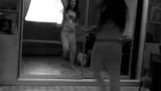 Алиса Савелина танцует!