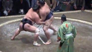 20160508大相撲夏場所初日 稀勢の里 vs 妙義龍.