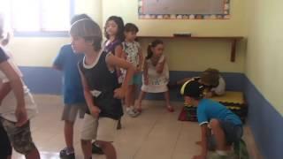 Урок музыки в мексиканском детском саду