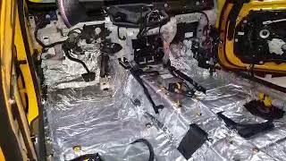 Процесс шумоизоляции авто в Tuning Center