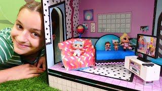Фото Куклы ЛОЛ покупают телевизор. Видео для девочек с игрушками.