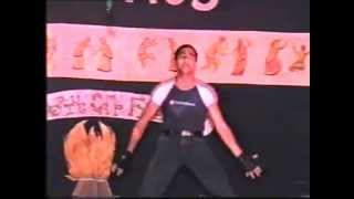 "Vikash Jaitly dancing on kaho na pyar hai movie song ""dil ne dil ko pukara"""