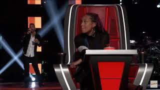 Alicia Keys BLOCKS Blake Shelton In The Voice USA!