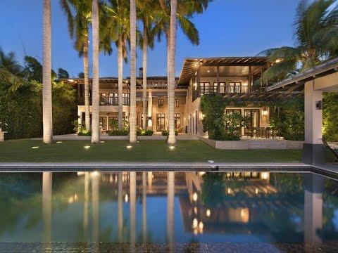 Tropical Vernacular Home in Biscayne, Florida