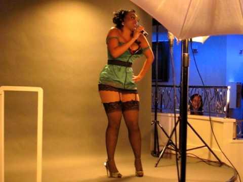 Nikki Grier Performs Incredible Live.mov