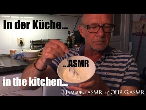 ASMR- In der Küche/in the kitchen-German whispering-Crinkle-Tapping