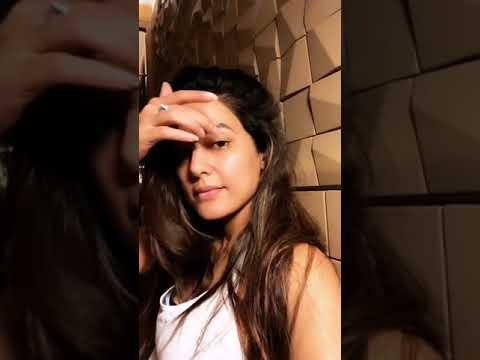 Hina Khan Instagram Live Video || 18th Aug 2018 ||