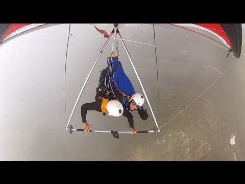 Experienced Paraglider Pilot Try Out Hangglider