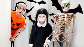 СЕМЕЙКА АДДАМС у меня дома - Катя придумала ПРАНК для РОСТИ - Хеллоуин на Мы семья