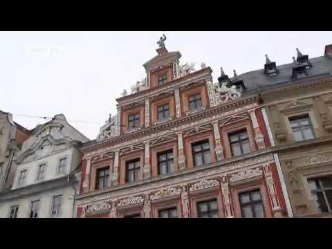 Die Mittelalterliche Stadt Erfurt In Thüringen | Euromaxx