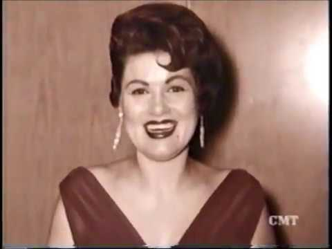 CMT 40 Greatest Women Of Country Pt 15   2 1