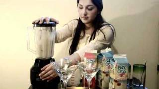 Easy Pina Colada Smoothie With Island Oasis Drink Mix