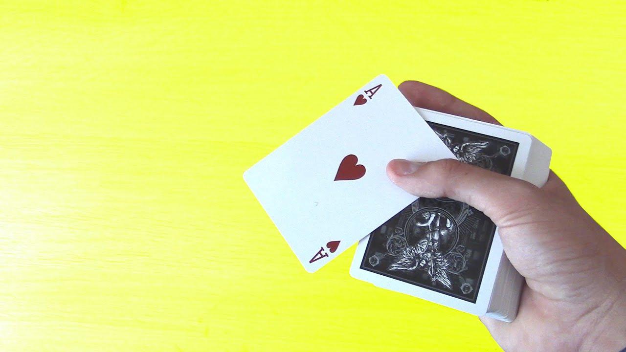 tour de magie impressionnant avec des cartes