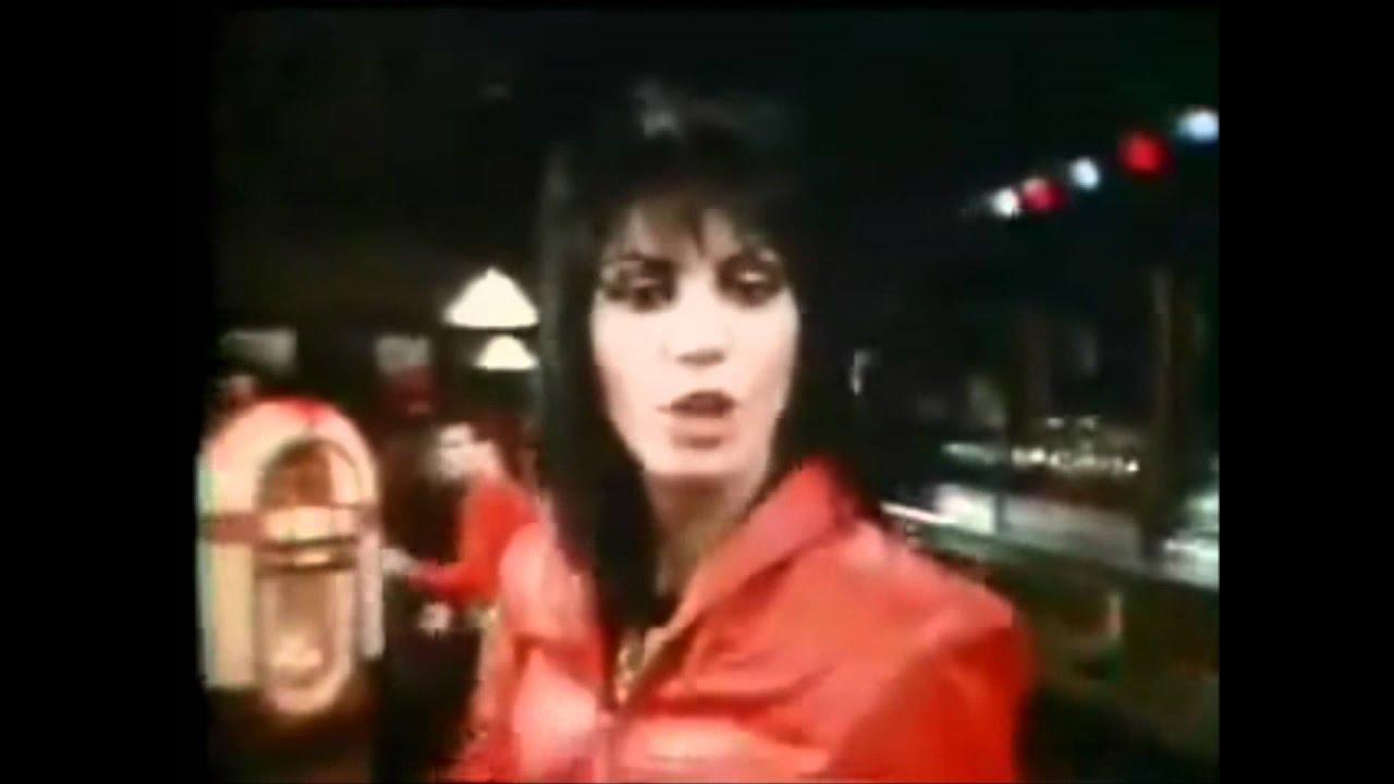 joan-jett-and-the-blackhearts-i-love-rockn-roll-official-music-video-thegreatrocknrollprt